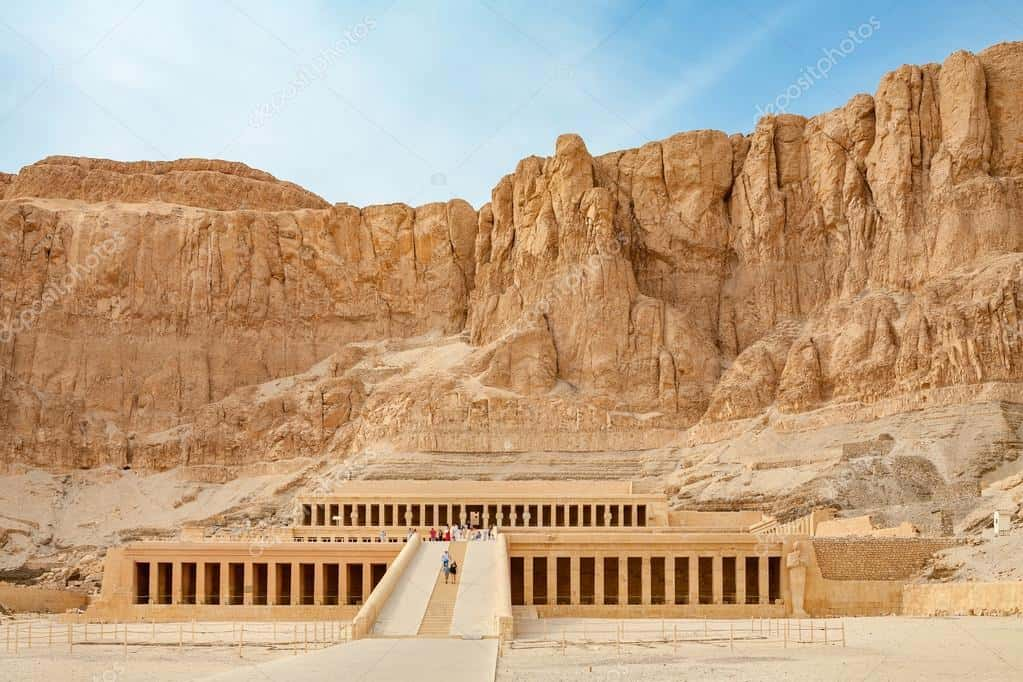 depositphotos_107709512 stock photo temple of hatshepsut luxor egypt