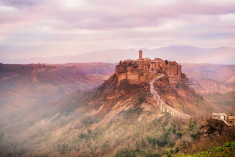 Чивита ди Баньореджо Италия 768x513