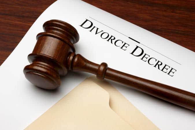 204154 675x450 divorcedecree