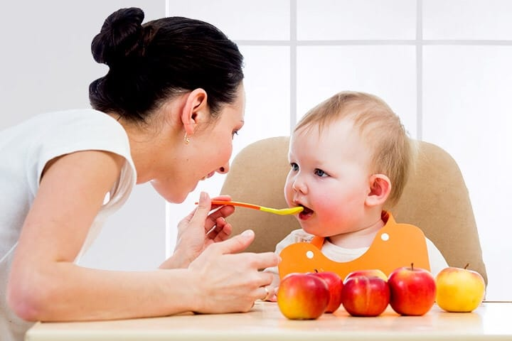apple puree for your baby 1