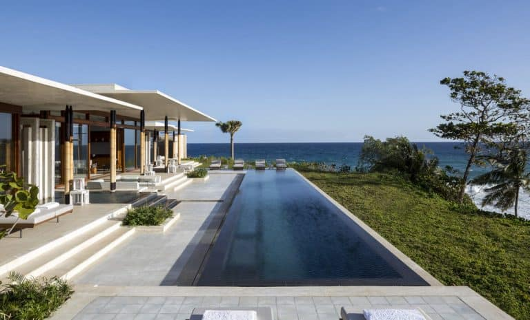 beach hotels resort villa 768x465