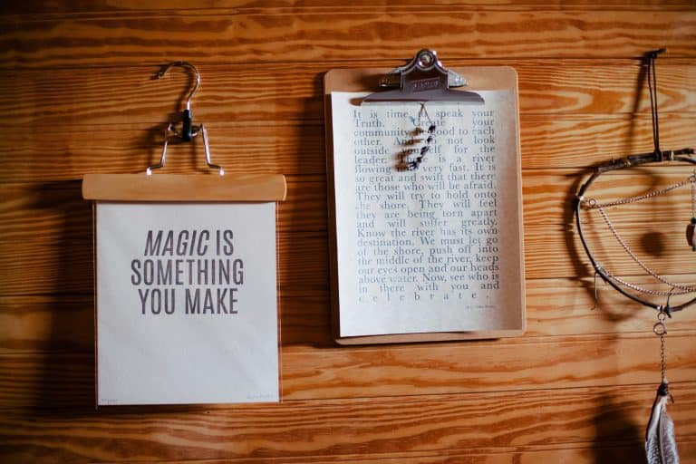 creativity magic paper 6727 768x512