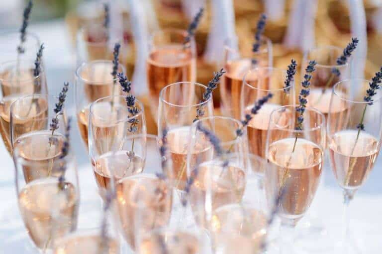 rose pink champagne party1 768x511