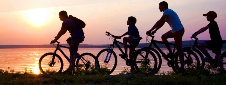 Family Cycling Sunset 871 328