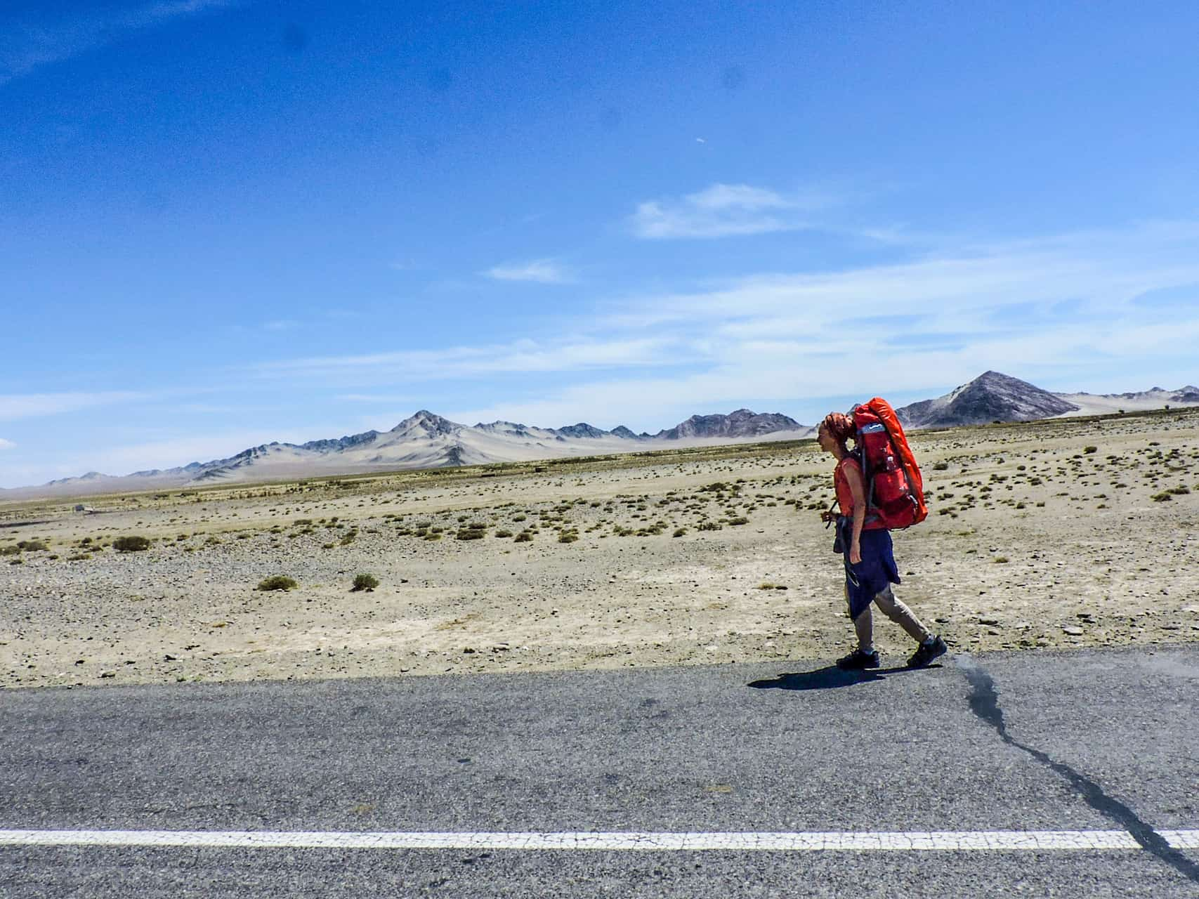 8  Prez pustinqta Gobi, Mongolia
